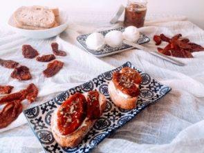 cómo cocinar tomates secos en aceite